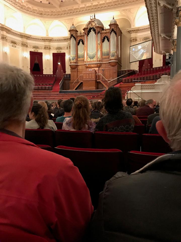 Het Concertgebouw: 11-April