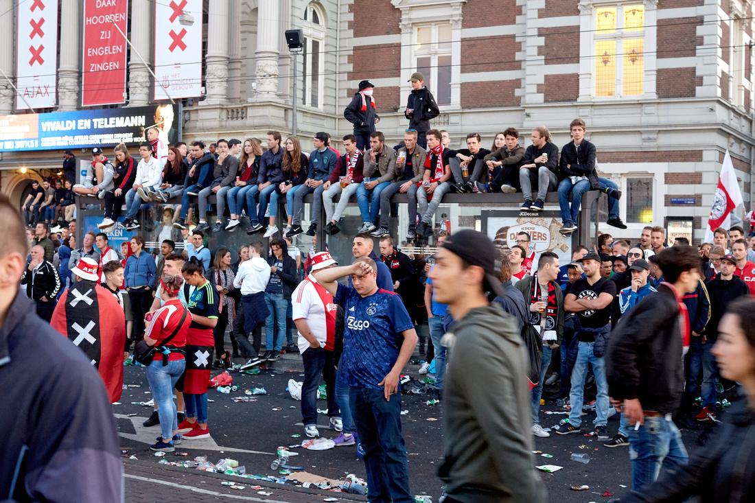 Watching Ajax Lose